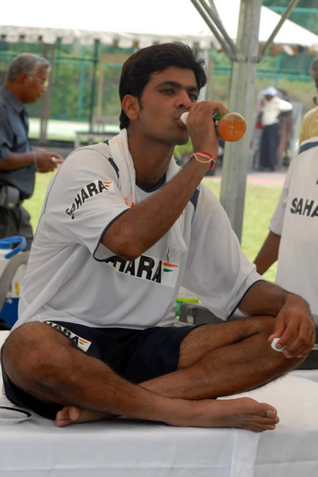 RP Singh is taking drink after net practice