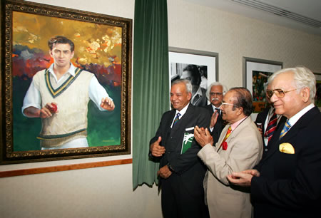 Honoring The Oval Heroes: PCB invited cricket legends to inaugurate the Pakistan Room at The Oval.