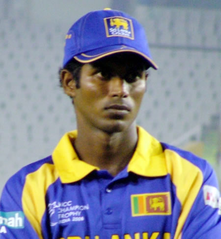 Tharanga in the prize distribution ceremony