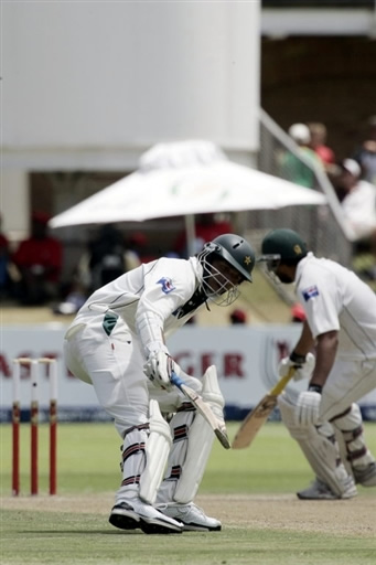 Asif & Inzamam take a run