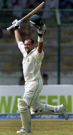 Jacques Kallis celebrates his 2nd century