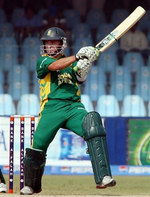 Herschelle Gibbs plays a cut shot