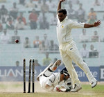 Saurav Ganguly dives in to avoid a runout
