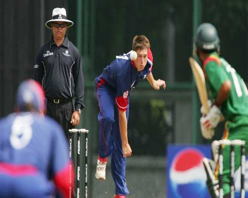 Chris Woakes in action against Bangladesh