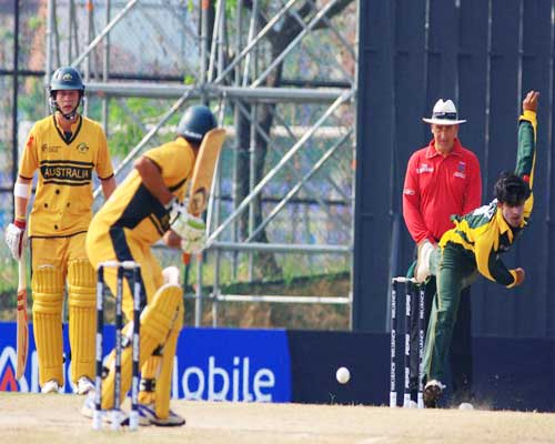 Mohammad Rameez bowls against Australia