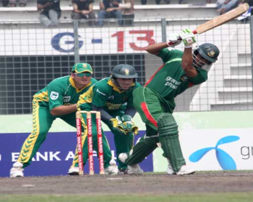 Shakib Al Hasan in Action aganist South Africa