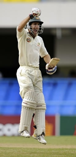 Simon Katich celebrates his ton