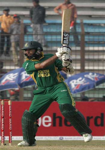 South Africa's Hashim Amla plays a shot