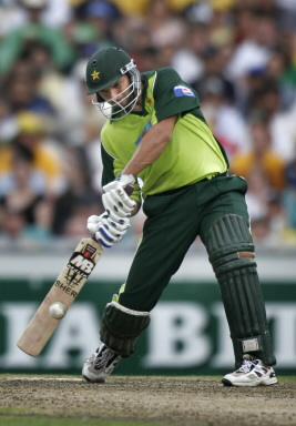 Shahid Afridi belts a ball to the off
