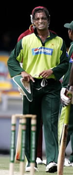 Shoaib Akhtar: injured hamstring in Brisbane, 19 January but says he is now fit and hopes to play lead role during WI tour