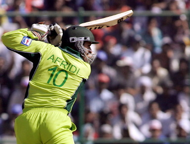 Shahid Afridi eyes a shot during the final
