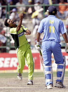 Abdul Razzaq celebrates after dismissing Mohammad Kaif