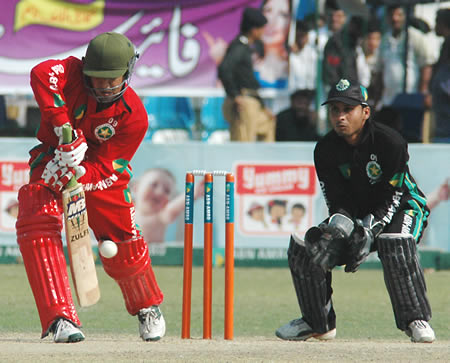 Sohail Ahmed batting