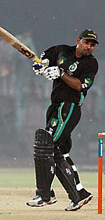 Asif Hussain batting