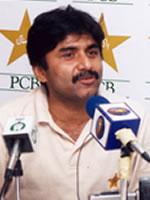 Javed Miandad - At a press conference