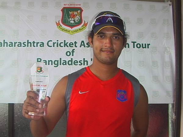 The man of the match  :  Mr.Samad Fallah  (MCA , India)