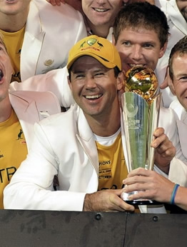 Ricky Ponting & team-mates pose with the trophy