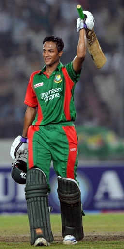 Shakib Al Hasan celebrates his ton