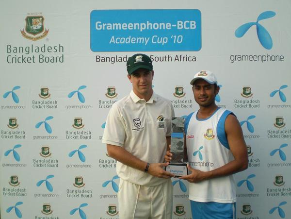 ACR Birch and Mithun Ali with Winner trophy.