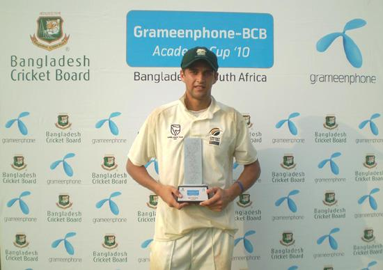 Obus Pienaar with Man of the Series trophy
