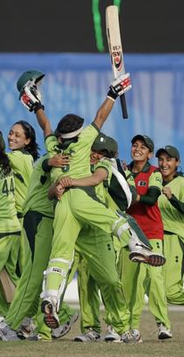 Pakistan Womens team celebrate after winning Asian Games Gold Medal