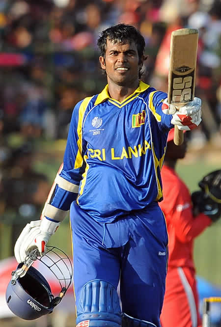 Upal Tharanga celebrates his century against Zimbabwe