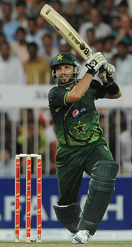 Shahid Afridi drives during his half-century