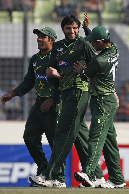 Shahid Afridi claimed his fourth ODI five-for of the year