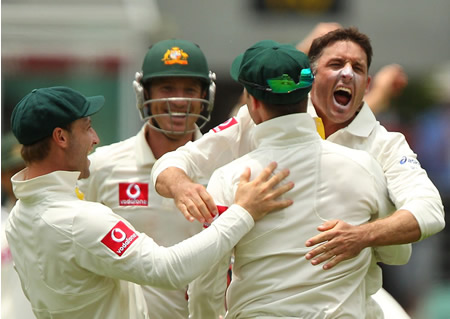 Michael Hussey is overjoyed after getting wicket of Daniel Vettori