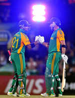 JP Duminy and Faf du Plessis put together a 61-run partnership