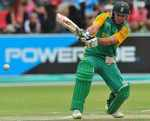 AB de Villiers reverse-pulls during his 96