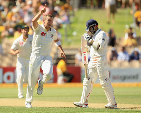 Peter Siddle took a smart return catch to get rid of Virender Sehwag