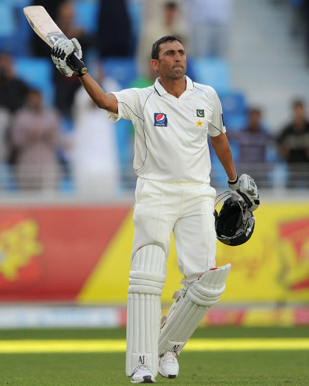 Younis Khan acknowledges applause for his century