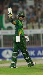 Mohammad Hafeez's fifty gave Pakistan full control