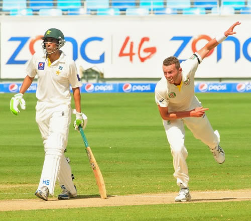 Peter Siddle bowling during the 1st Test