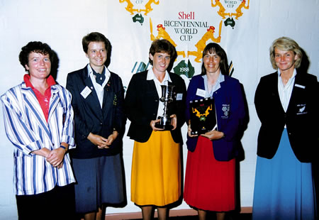 The Five captains of the Women's teams playing in the Shell Bicentennial Women's World Cup 1988/89