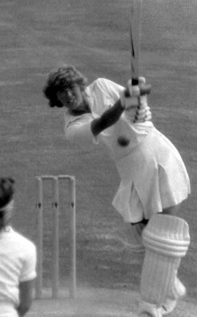 Carole Hodges in action against New Zealand in the 3rd Test, 1984