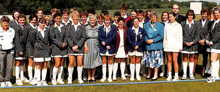 AT Collins' XI and New Zealand Women teams 1996