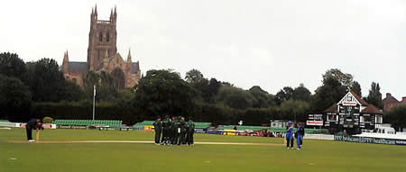 South Africa Women celebrate a wicket at Worcester during the 5th ODI