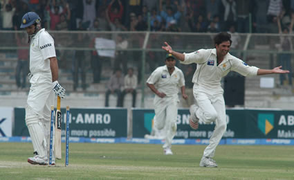 Asif celebrate the wicket of VVS Laxman