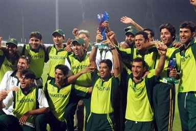 Pakistan A-team celebrates after winning the BSNL Eur-Asia Cricket Trophy