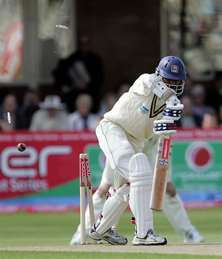 Tharanga is bowled out