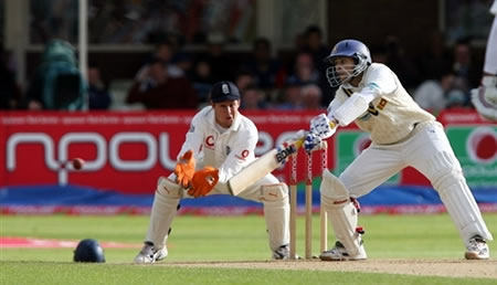 Dilshan hits a shot