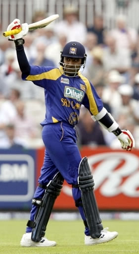 Jayawardene celebrates his century